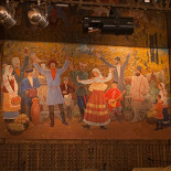 Ресторан Старый базар - фотография 3 - в нижнем зале - картина Скрипникова