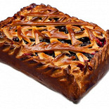 Ресторан Штолле - фотография 3 - Пирог с черной смородиной