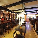 Ресторан Andersen - фотография 2 - Вид на вход