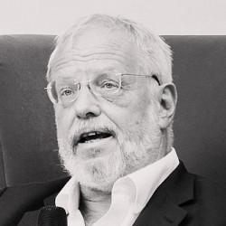 «Я плохой мусульманин»: интервью автора «Арабского кошмара» Роберта Ирвина