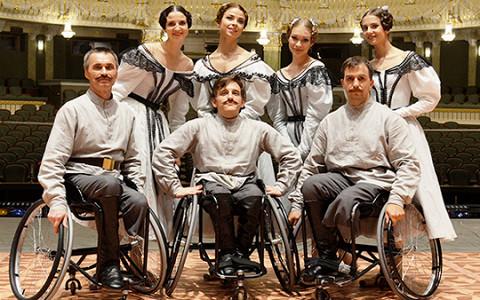 «Коляска — это твои ноги»: танцоры-инвалиды о выступлении в Большом театре