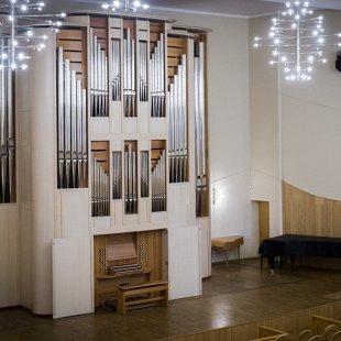 Рудольф Церц (орган, Словения) Александр Посикера (фагот, Москва)