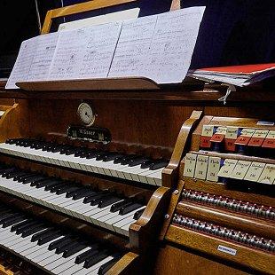 Александр Листратов (виолончель, Москва), Алексей Шевченко (орган, Москва)