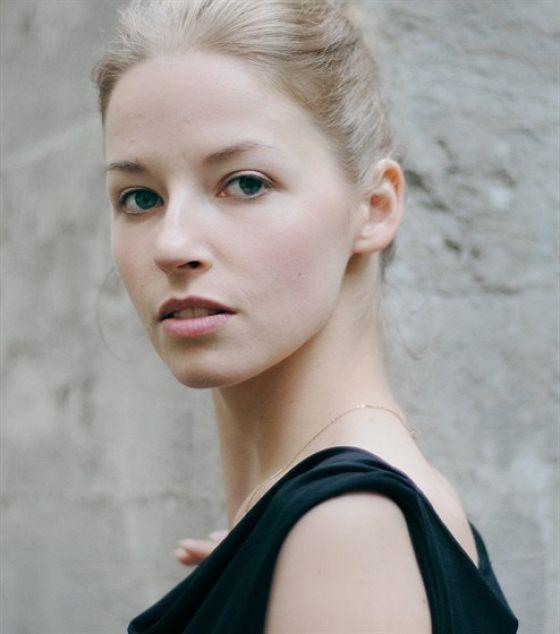 Полина Толстун