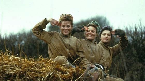 Простые девушки (The Land Girls)