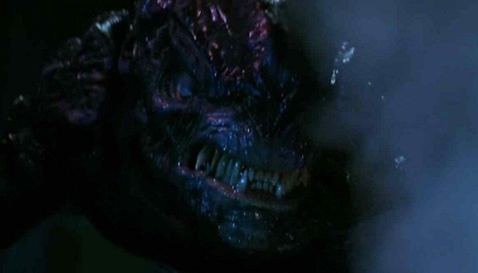 Кино: «Генозавр: Смертельные инстинкты»