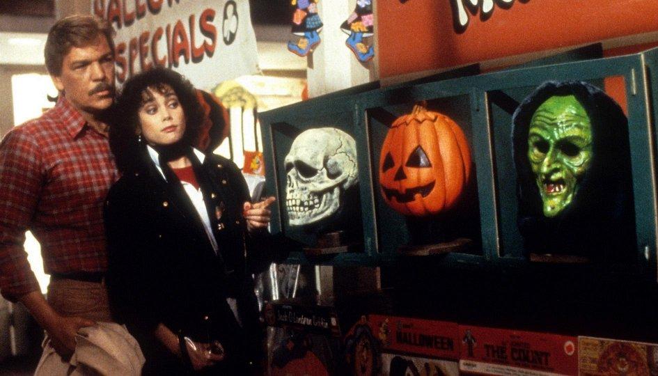 Кино: «Хеллоуин-3: Сезон ведьм»