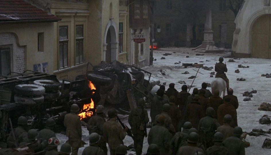 Кино: «Охрана замка»
