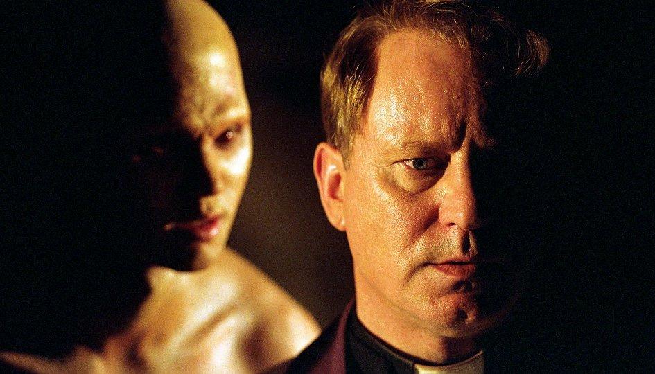 Кино: «Изгоняющий дьявола: Приквел»