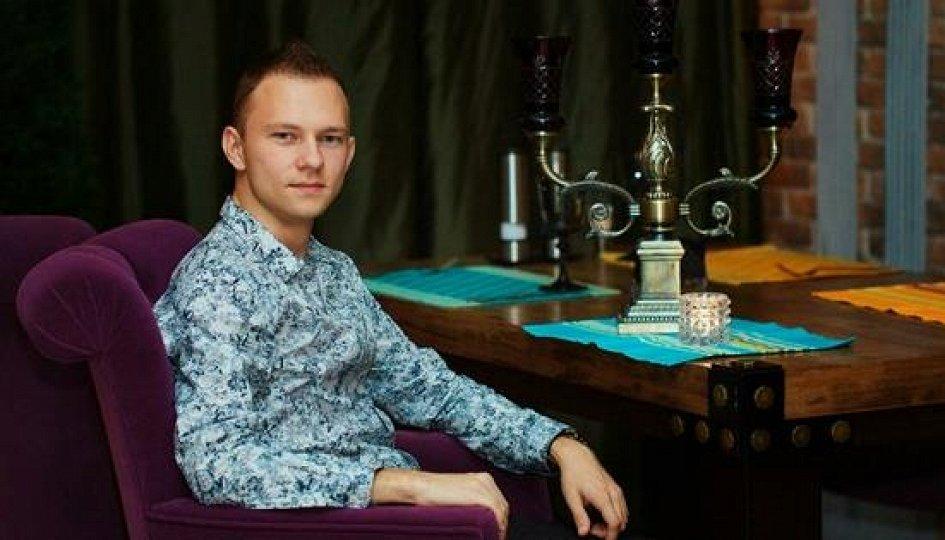 Александр Сидельников