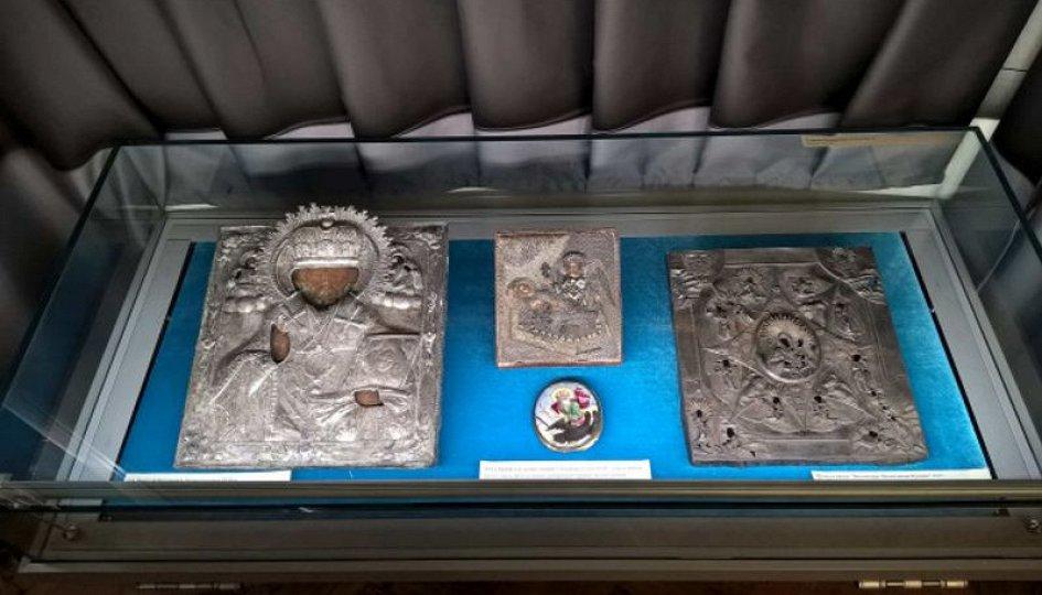 Выставки: Экспозиция русской иконописи и меднолитой пластики XVI–XIX веков