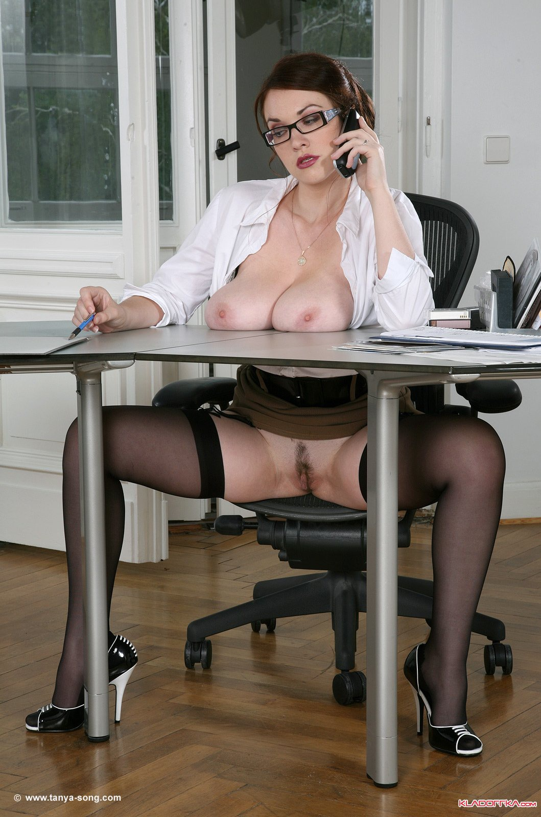 fuck-naked-secretary-pictures-forum