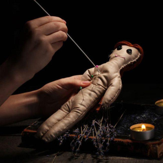 Приворот сильный на восковую куклу