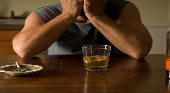 Как помочь человек избавиться от алкоголизма