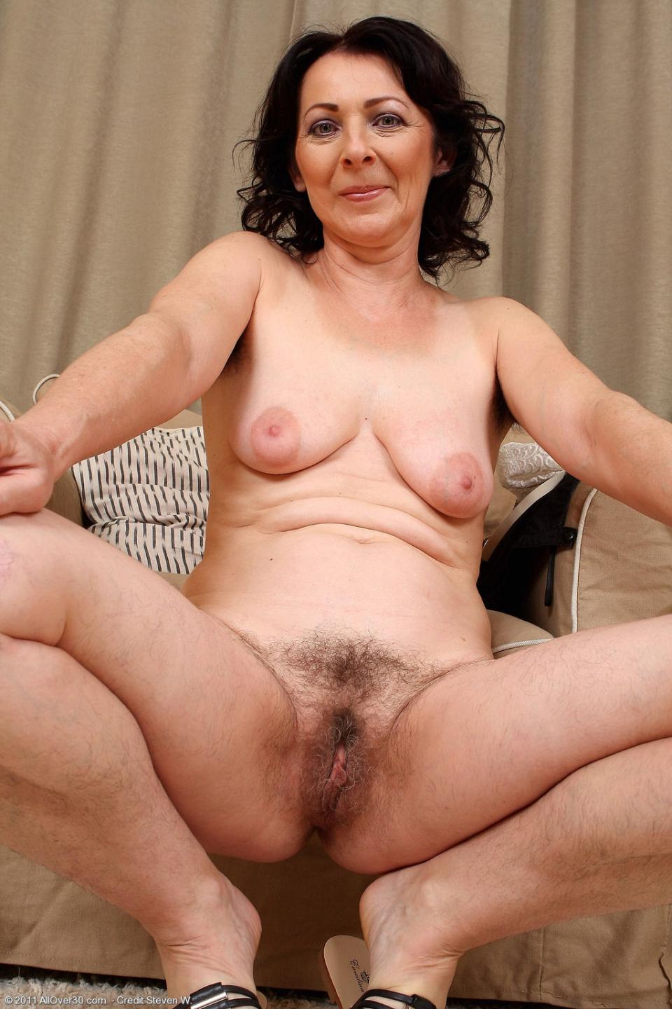 mature older hairy women - milf