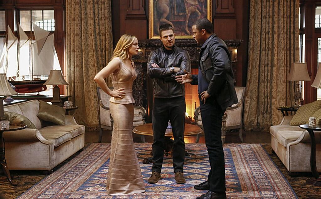 Download Arrow Season 8 Episode 1,2,3,4- Executive