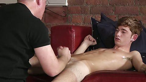 An arousing pantyhose fetish