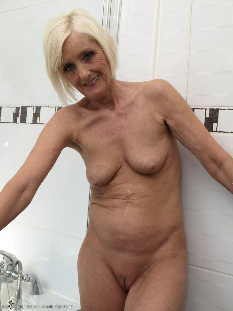 women 60 over nude Amateur