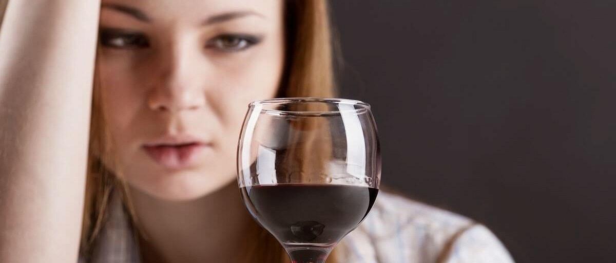 Лечение от женского алкоголизма в спб