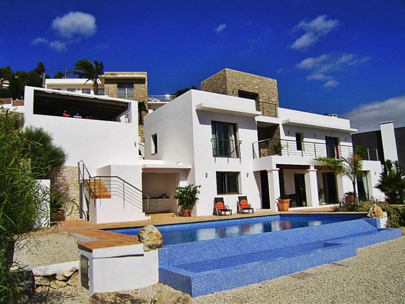 Испания недвижимость на севере