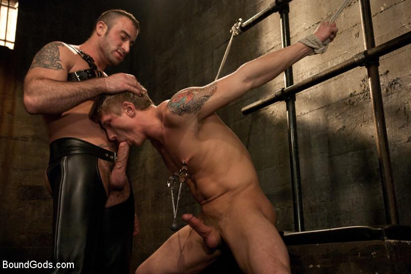 Gay Bondage Porn Pics
