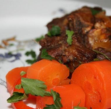 Рецепт Ароматная баранина ссельдереем иморковью