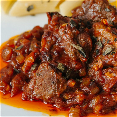 Рецепт Говядина втоматном соусе скарри