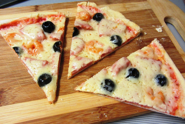 Тесто для пиццы вкусное и тонкое