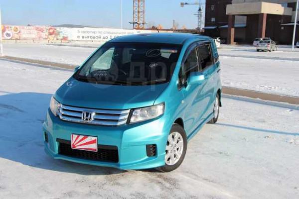 Купить Хонда Фрид Спайк 2010 г в Кочубеевском