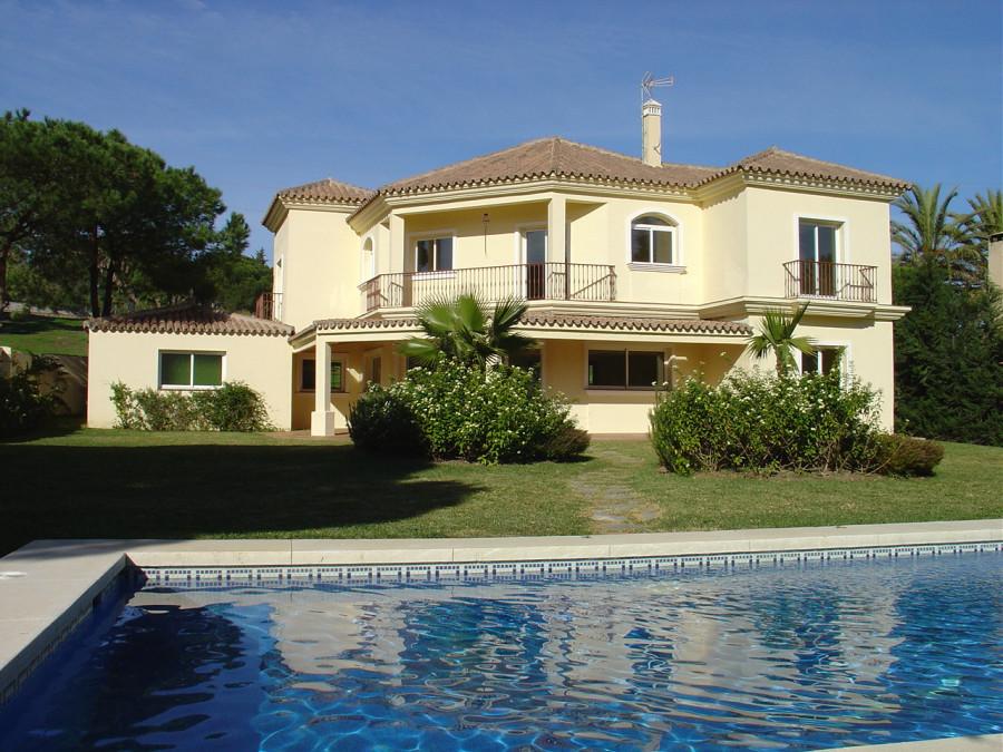 Недвижимость в Испании - купить жилье в Испании, цены