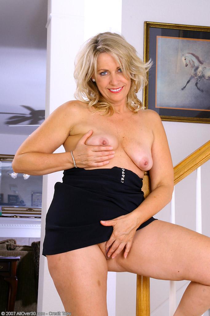 Big double d tits blow job