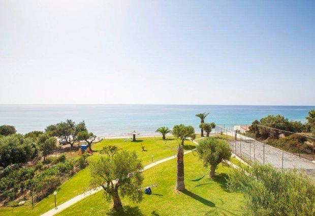 Недвижимость в остров Торони на берегу