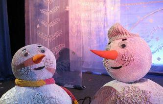 Новогоднее путешествие снеговиков